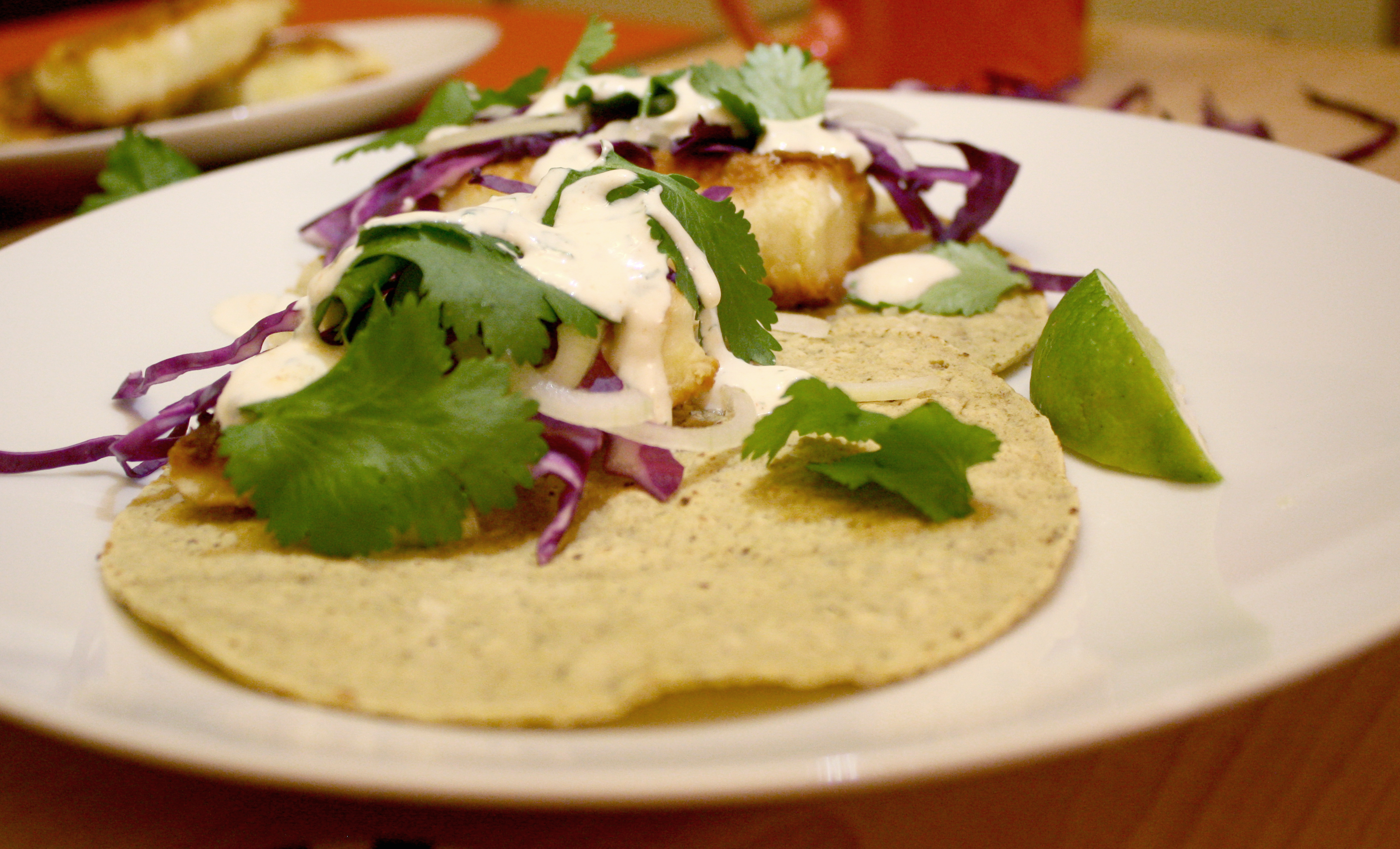 How to make your fave restaurant 39 s fish tacos at home for How to make fish tacos